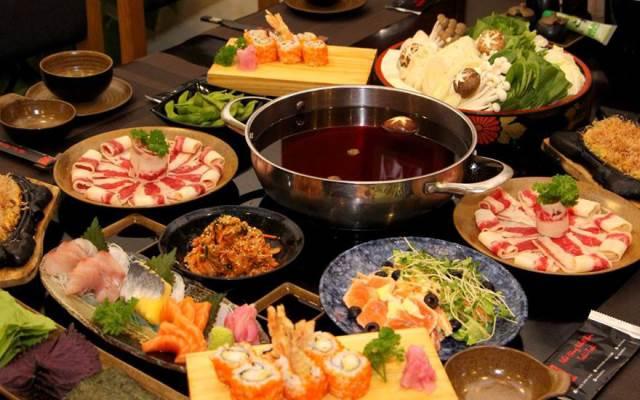 Hệ thống hút mùi theo tiêu chuẩn Nhật nên hạn chế tối đa mùi khói và mùi thức ăn đeo bám, mang đến cho thực khách một bữa ăn vừa ý.