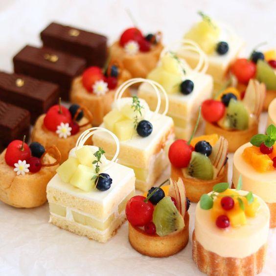 DỊCH VỤ TEA BREAK CAKE và các dòng bánh kem, bánh ăn vặt, bánh mặn,..