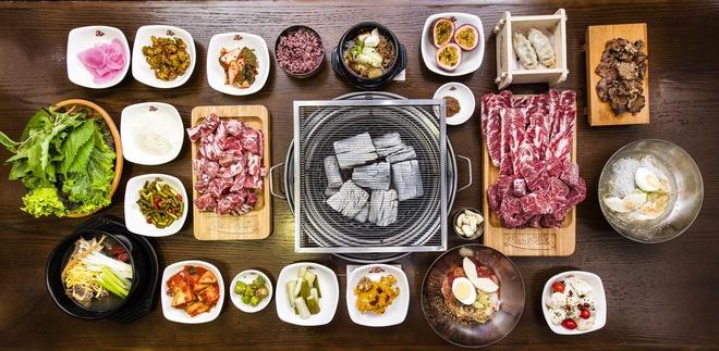 Meat Plus 73 Trích Sài. Đây là nhà hàng BBQ phong cách đúng chuẩn Hàn Quốc, top 1 trong số những nhà hàng thịt nướng tại Hà Nội.