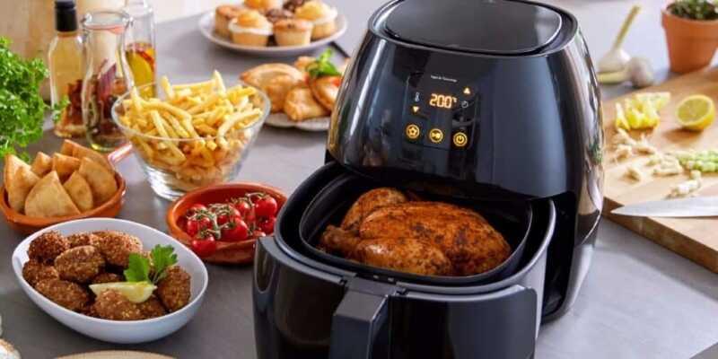 Nướng thịt bằng nồi chiên không dầu cũng rất thuận tiện tại nhà